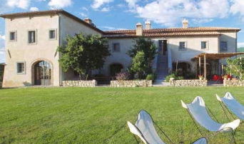 Bellorcia Villa and garden ws