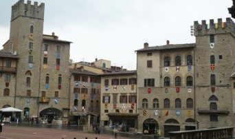 Visit Arezzo on your cooking holidays in Italy