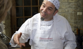 Chef Franco giving the cooking classes in Tuscany