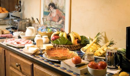 Torre del Tartufo breakfast at the Tuscookany cooking school in Tuscany