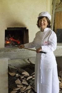 Chef Laura in Bellorcia with wood burning Pizza oven
