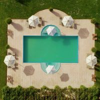 Casa Ombuto solar heated swimming pool