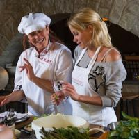 Tuscookany chef Paola Cooking vacation in Tuscany at Casa Ombuto