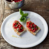 Learn to make bruschetta at Tuscookany cooking lessons in Tuscany