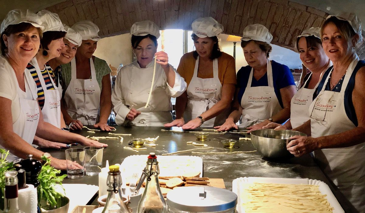 Have fun and learn to cook at Tuscookany cooking school in Bellorcia