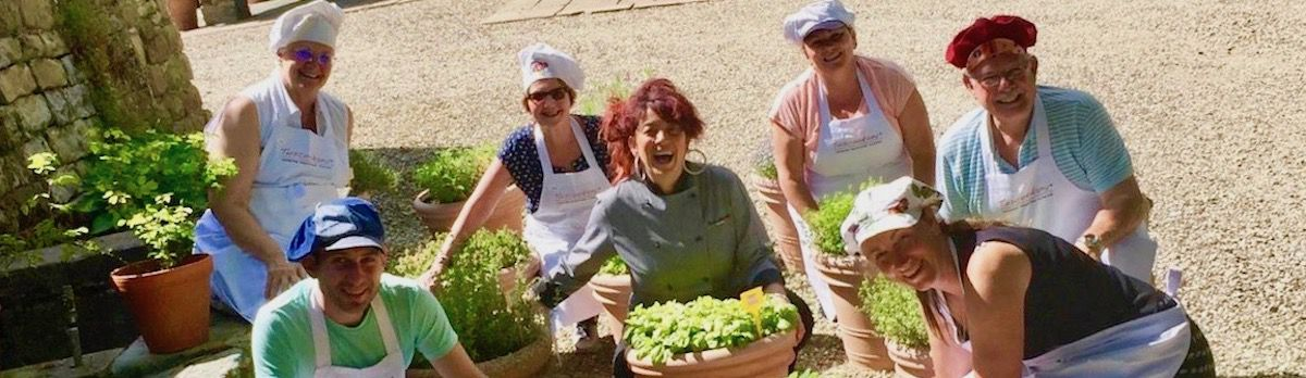 Have fun and learn to cook in Tuscany and do great walks