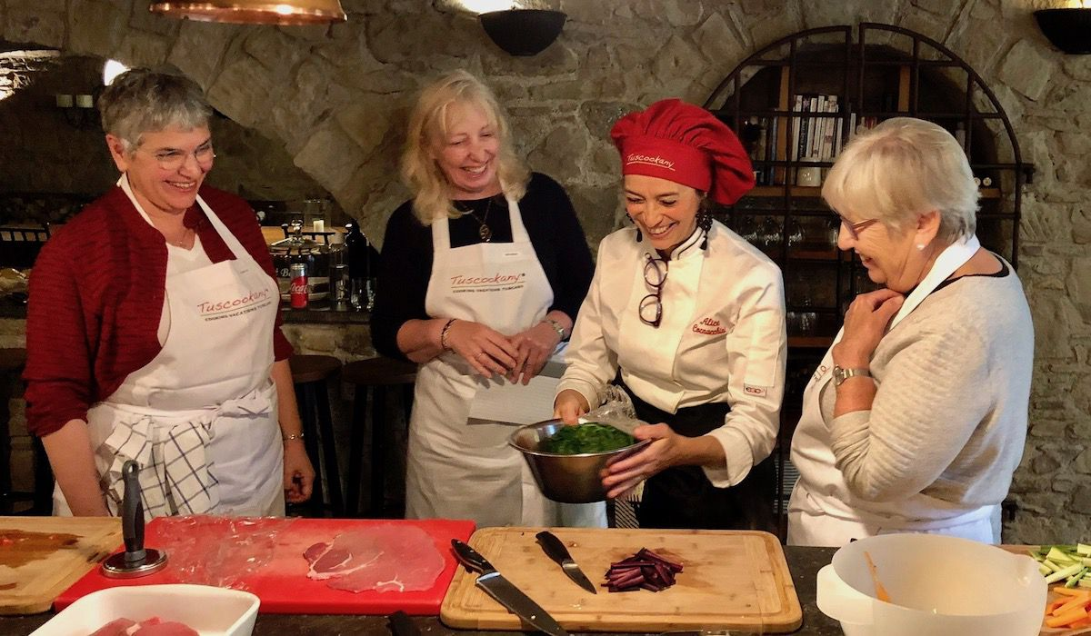 Have fun and learn to cook with Tuscookany chef Alice at Casa Ombuto
