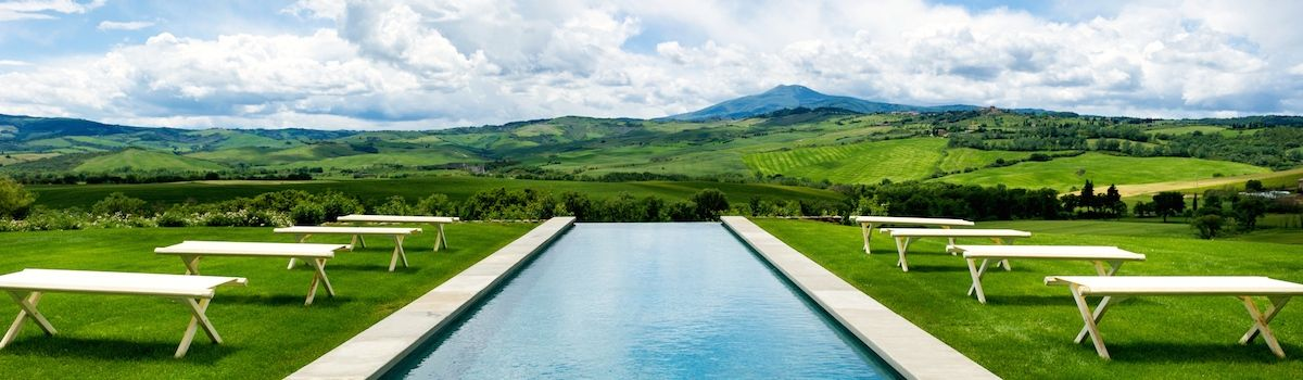 Tuscookany Bellorcia pool and view