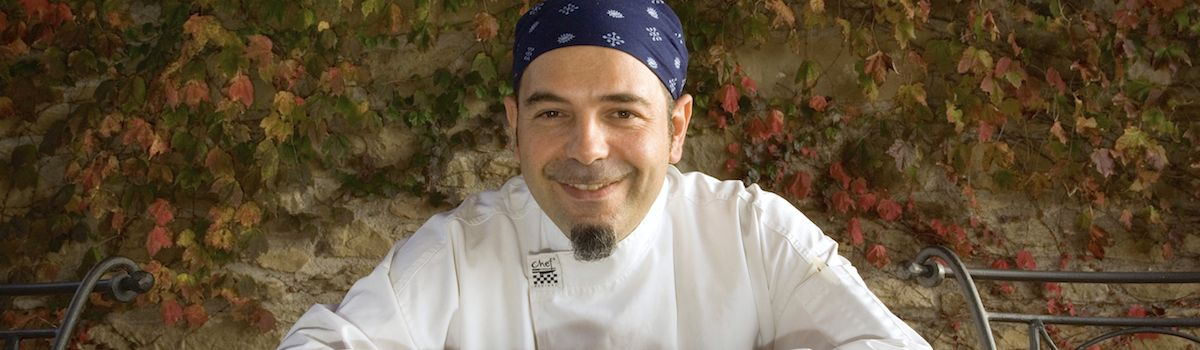 Tuscookany chef Franco at the cooking vacation in Tuscany in Torre del Tartufo