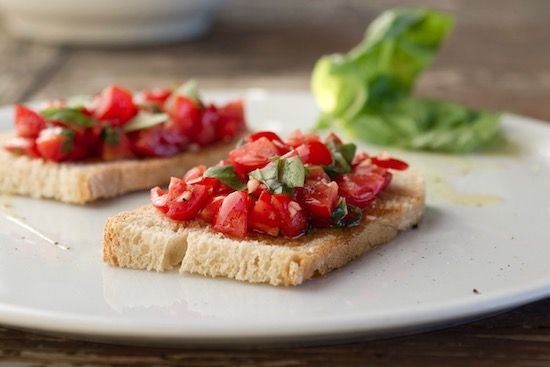 Italian bruschetta: a delicious appetiser made at Tuscookany