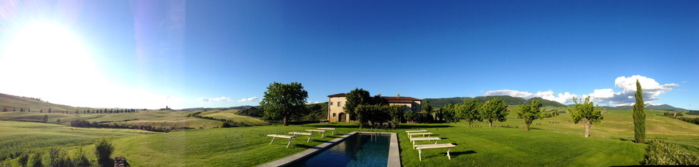 Bellorcia pool and villa Tuscookany cooking school in Tuscany.